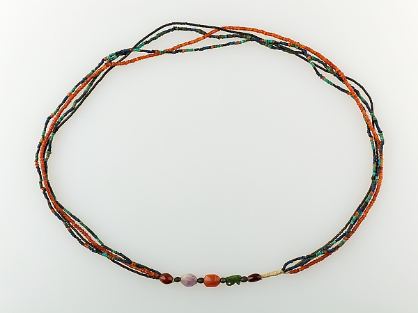 Four-strand Necklace of the Child Myt