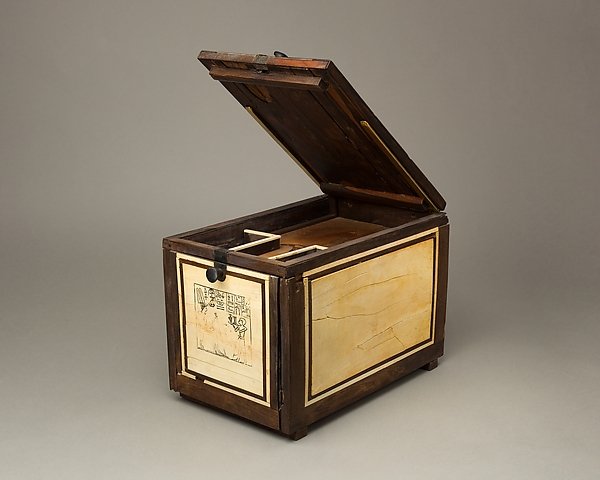 Cosmetic Box of the Royal Butler Kemeni