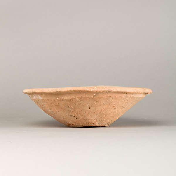 Bowl with flattened rim