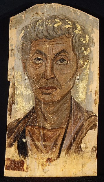 Portrait of an elderly lady with a gold wreath