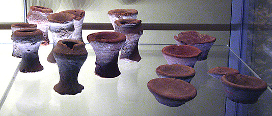 Miniature clay vessel from Tomb of Perneb