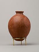 Red polish ware jar