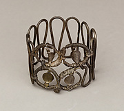 Bracelet or armlet with uraei