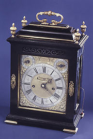 Table or bracket clock