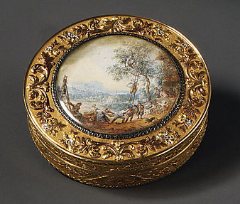 Snuffbox with scene of harvesting fruit