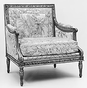 Small settee (part of a set)