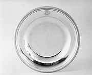 Plate (part of a dining service)