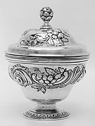 Sugar bowl with cover