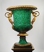 Monumental vase