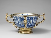 Two-handled bowl (part of a set)