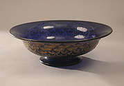 Bowl decorated with a fish-scale pattern
