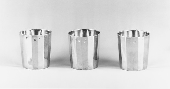 Set of six liqueur cups