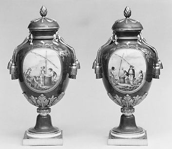 Vase with cover (Vase à gland) (one of a pair)