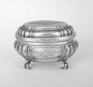 Sugar box with cover