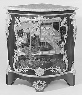 Corner cabinet (encoignure) (one of a pair)