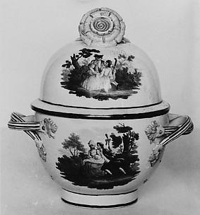 Sugar bowl (part of a set)