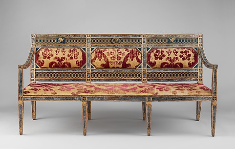 Triple-back settee (part of a set)