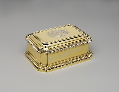 Box (one of a pair)