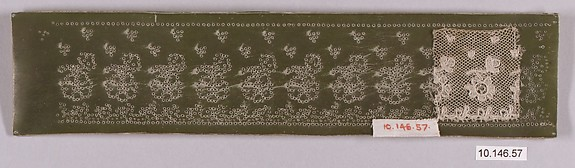 Bobbin lace and pattern