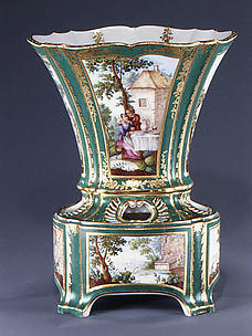 Flower vase with stand (Vase hollandais nouveau) (one of a pair)