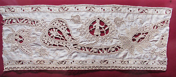 Border of cutwork and needle lace
