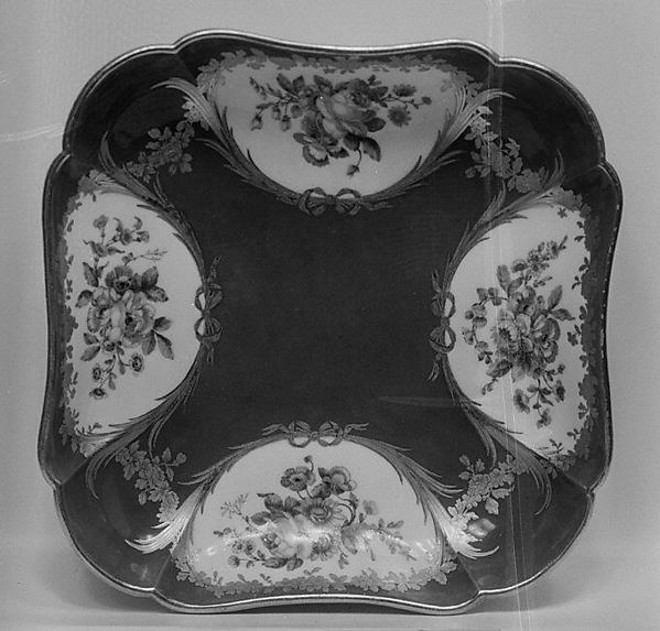 Fruit dish (Compotier carr) (one of six) (part of a service)