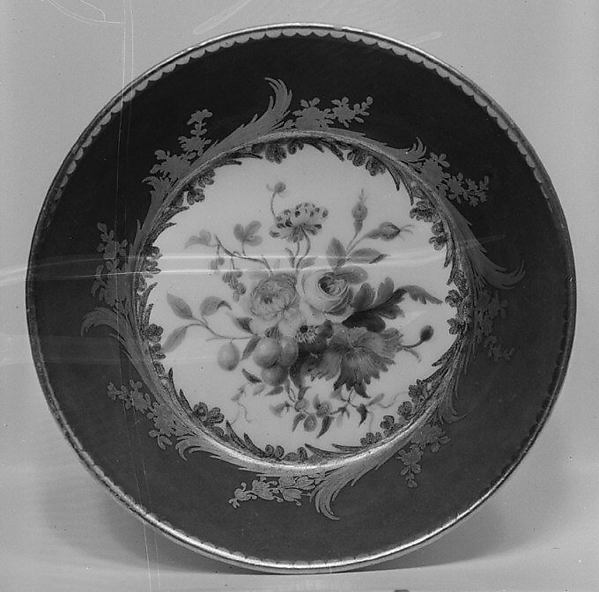 Saucer (one of nine) (part of a service)