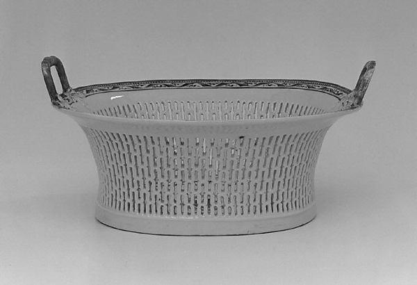 Fruit basket (part of a service)