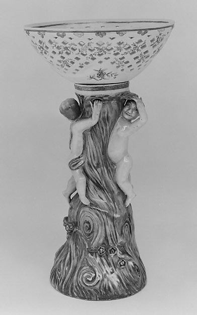 Fruit basket and stand (one of a pair)