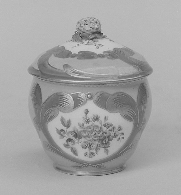 Sugar bowl with cover (Pot à sucre Hébert) (part of a service)