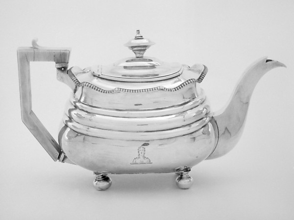 Teapot (part of a service)