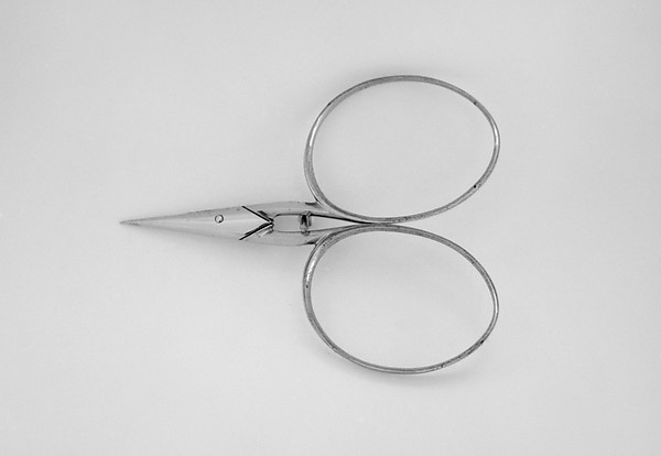 Nose or mustache scissors (part of a set)