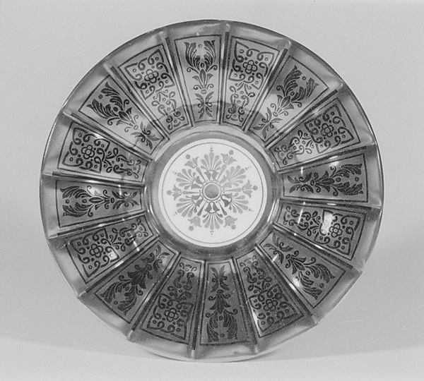 Twelve saucers (part of a tea and coffee service)