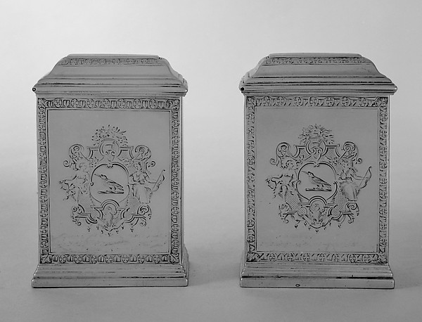 Tea caddy (one of a pair)