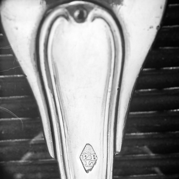 Fork (part of a dining service)