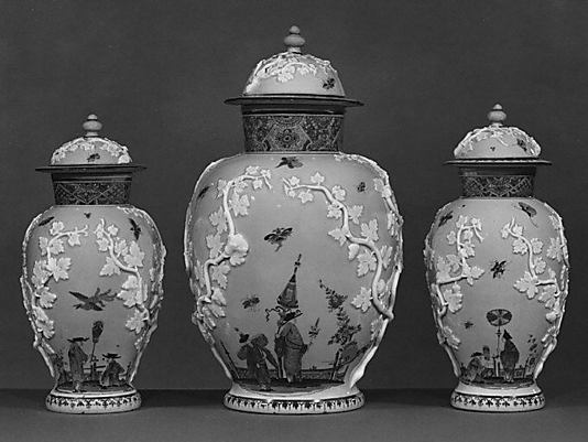 Set of three vases