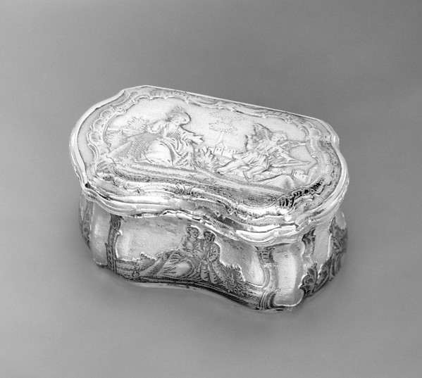 Casket or toilet box
