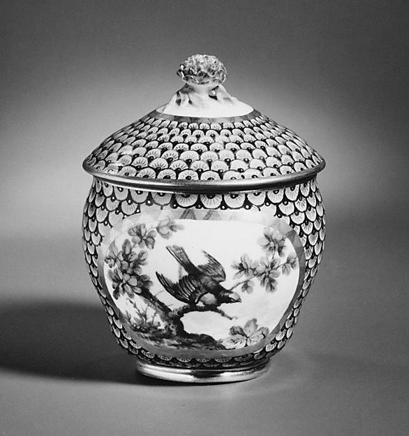 Sugar bowl (Pot à sucre) (part of a service)