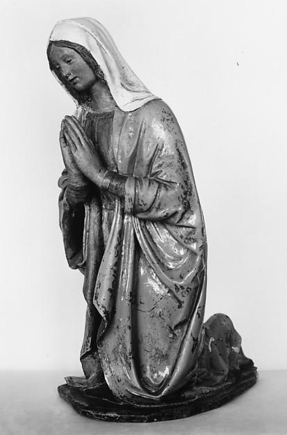 Kneeling Madonna