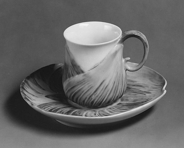 Cup (part of a service)
