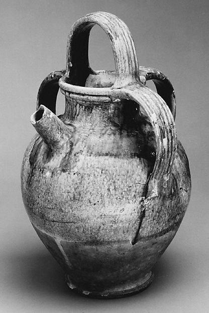Water jar with spout (Vase à bec)
