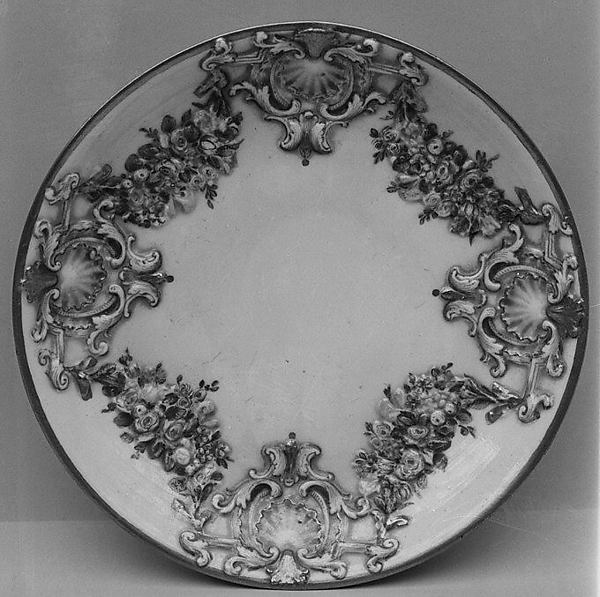 Six saucers (part of a service)