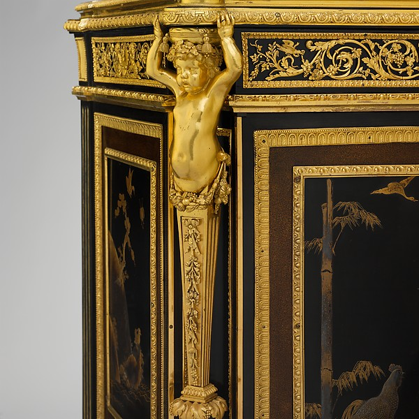 Commode (commode à vantaux) (part of a set)