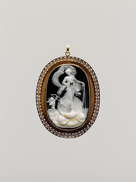 Venus Marina, Cupid at Her Side