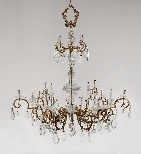 Twelve-light chandelier