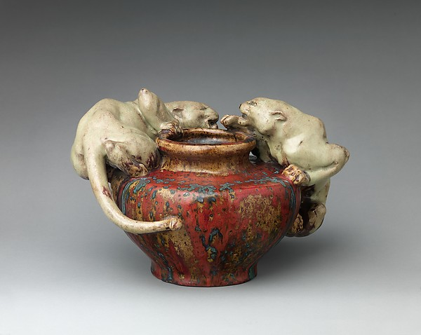 Bowl with two panthers