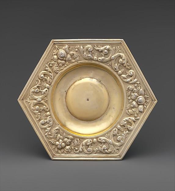 Hexagonal dish (part of a set)
