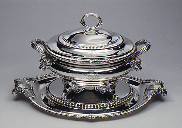 Soup tureen with cover and stand