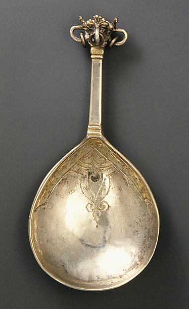 Crown-top spoon (one of three)