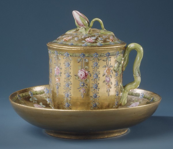 Cup with cover and saucer